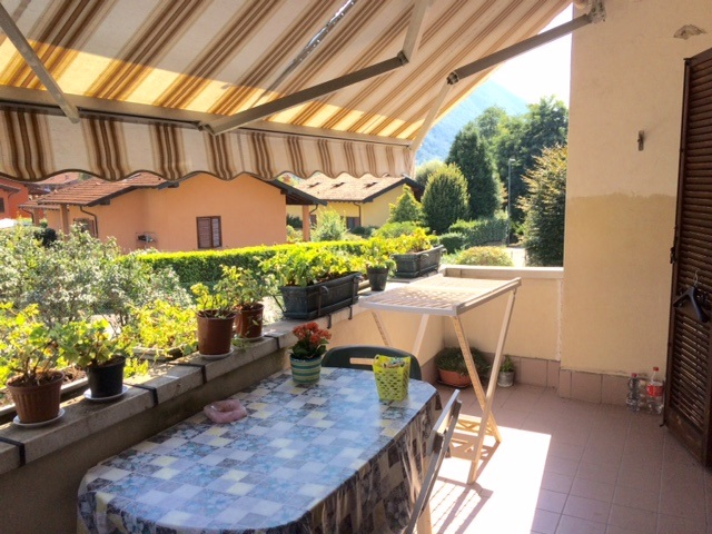 Villa a Castelveccana