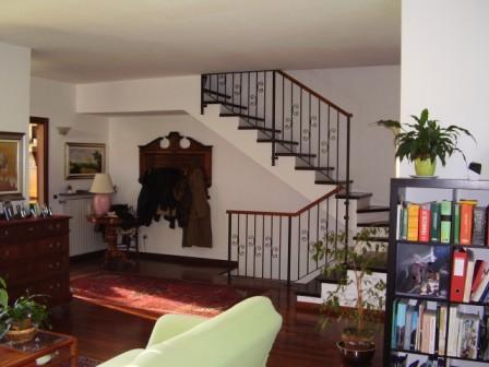 Villa a Laveno Mombello