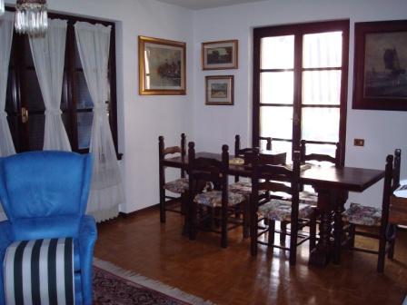 Villa a Casalzuigno